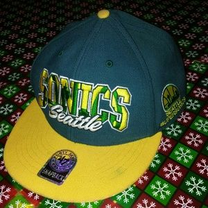 first rate 43e39 d9b54  Vintage  Seattle Supersonics 47 Brand Snapback!